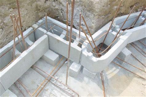 etapes de la construction de piscines avec le pisciniste