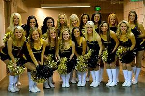 Ranked Top 10 Hottest College Cheerleading Squads!