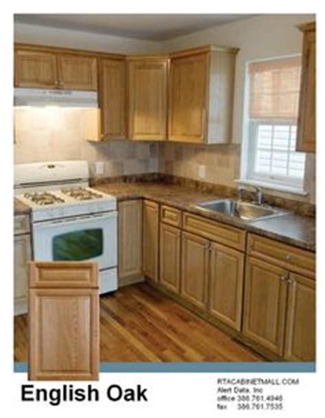 english oak kitchen cabinets 1000 images about kitchen on pinterest oak cabinets