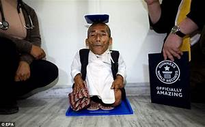Meet the world's smallest man: 72-year-old farmer is 21.5 ...