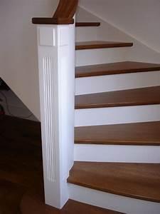 Habillage d un escalier en béton avec des marches en chêne teintées et contremarche laquée blanc