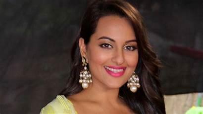 Hindi Bollywood Actress Sonakshi Sinha Wallpapers Film
