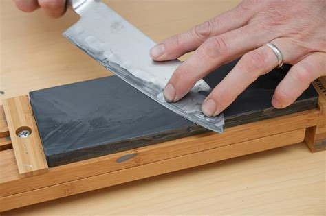 best whetstone for kitchen whetstone sharpening compared to honing steel