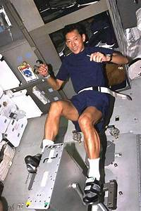 Astronauts Exercise in Space - Pics about space