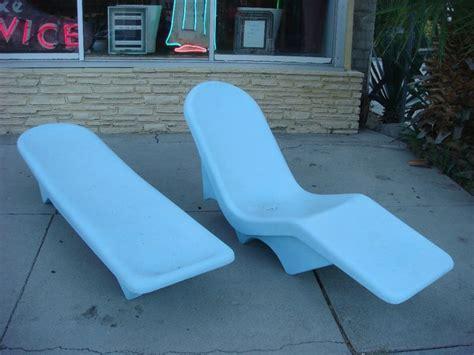 60 s vintage fibrella fiberglass pool patio lounge chairs