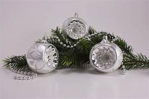 Weihnachtskugeln Aus Lauscha : 3 reflexkugeln 8cm silber glanz christrose ~ Orissabook.com Haus und Dekorationen