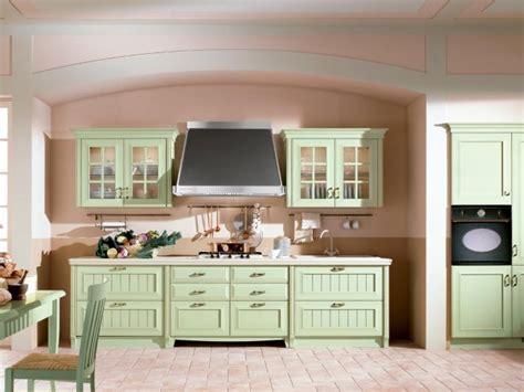 peinturer armoire de cuisine en bois cuisine en bois classique cucinelube avec une touche luxe