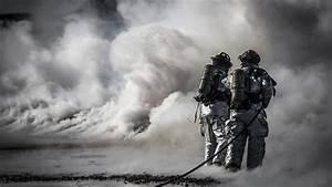 Coole Feuerwehr Hintergrundbilder : firefighter desktop backgrounds ~ Buech-reservation.com Haus und Dekorationen