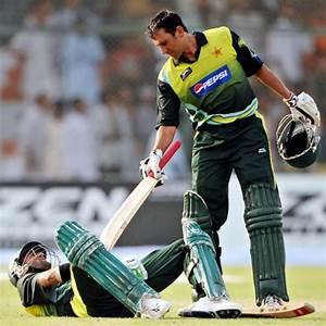 Funny Pakistan Vs India Cricket Wallpapers