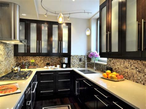 kitchen cabinets design for small space 20 kitchen cabinets designed for small spaces 9148