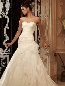 Sweetheart fit and flare casablanca bridal gown 2105 for Casablanca wedding dress