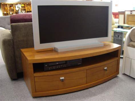 bureau en merisier meuble tele bas merisier
