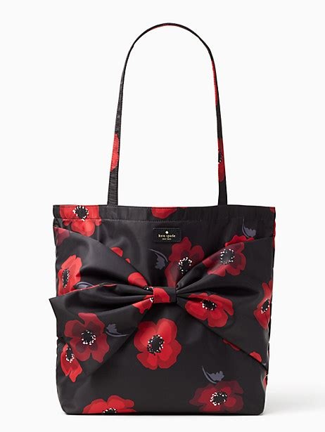totes smart carry  tote bags  timeless style