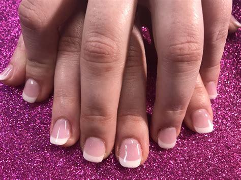 Pretty New Set Pink & White Using Dip Powder On Natural