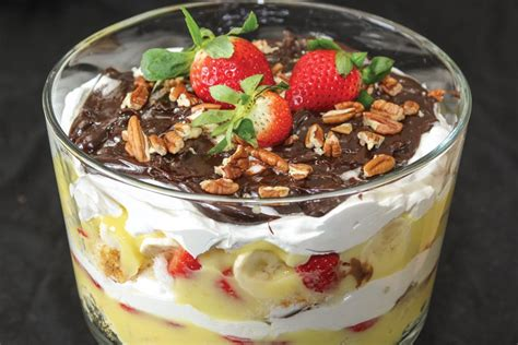 banana split trifle illinois country living magazine