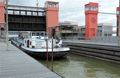 schiffshebewerk scharnebeck ausflugsziel bei lueneburg