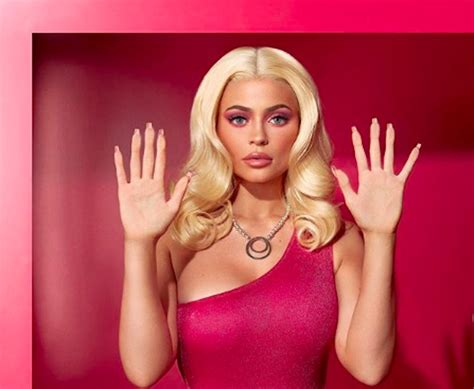 Kylie Jenner Dressed As Barbie For Halloween Hellogiggles