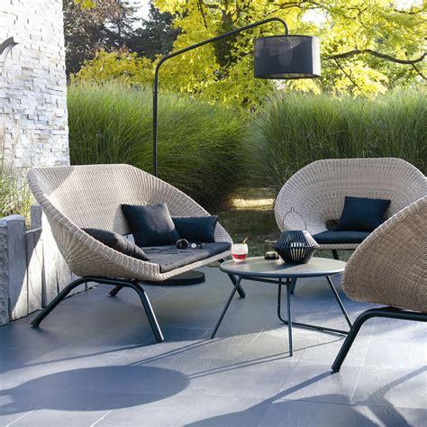petit canape 2 places mobilier de jardin le mobilier de jardin tendance pour