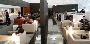 The best Cathay Pacific business class lounge in Hong Kong ...