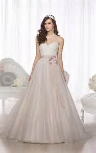 brautkleid ballkleid ballkleid hochzeits kleider hochzeitskleid hochzeitskleider trägerlos