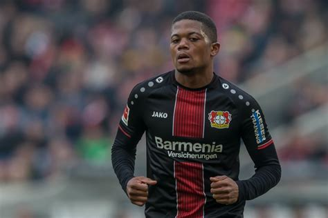 Bayer Leverkusen's Leon Bailey enters self-isolation after ...