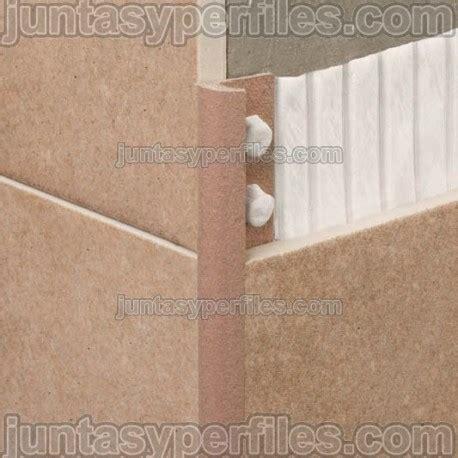 cantoneras  azulejos de composite modelo novocanto maxi