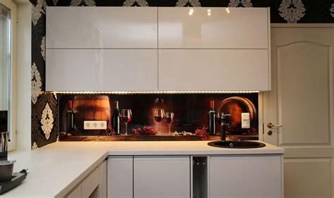 Printed glass pane for kitchen backsplash wall. ? dekoorklaas
