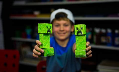 papercraft creeper  minecraft art