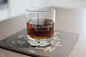 Trinkglas Mit Namen : personalisiertes trinkglas mit eigenem namen text ~ Markanthonyermac.com Haus und Dekorationen