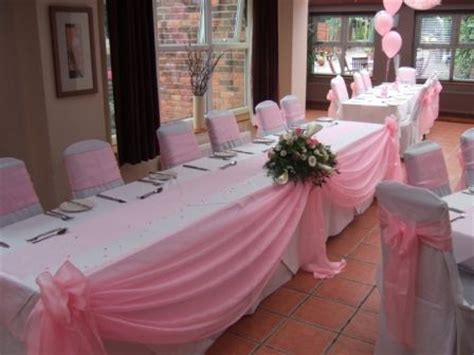 Table Draping - idea draping with ivory tulle bouquet to match