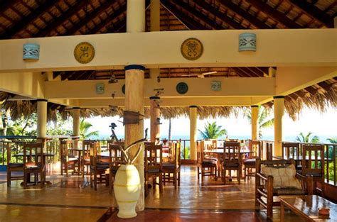sol cuisine restaurant bar sol y in samana republic