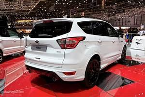 Ford Kuga 2018 : 2018 ford kuga shows off in geneva in st line specification autoevolution ~ Maxctalentgroup.com Avis de Voitures