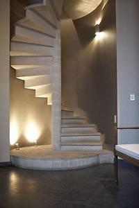 Escalier Colimaçon Beton : escalier en colima on en pierre location de lieux pour shooting photo location de lieux pour ~ Melissatoandfro.com Idées de Décoration