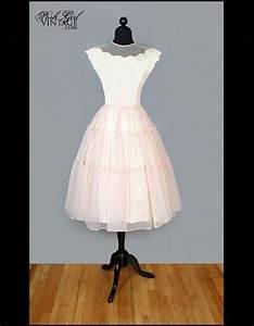 Robe Retro Année 50 : robe blanche ann e 50 photos de robes ~ Nature-et-papiers.com Idées de Décoration