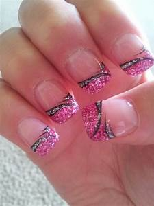 Glitter French Tip with Nail Art - 62 Fabulous French Tip ...