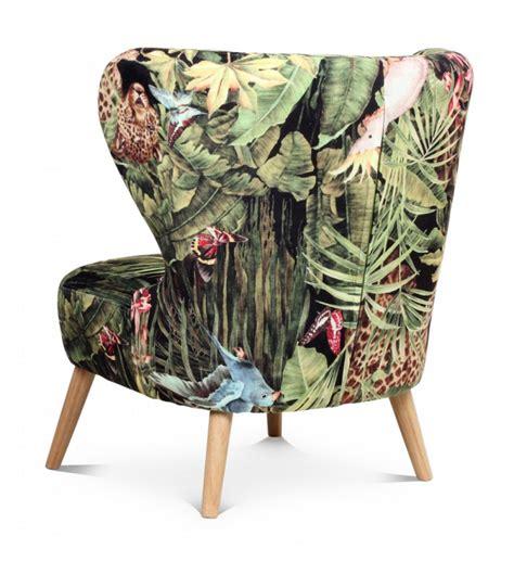 fauteuil cocktail en tissu gris et pieds en bois wadiga com