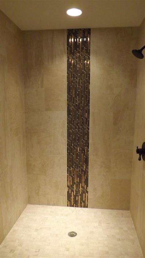 shower stall  vertical accent iris porcelain field
