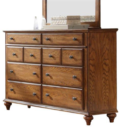 broyhill hayden place 8 drawer dresser in warm golden oak