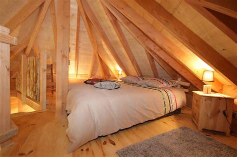 chambre d hote cabane dans les arbres la cabane domme avec spa perchée dans les arbres