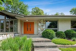 A 1960s Home in Chicago is Midcentury Inside And Out - Mid ...