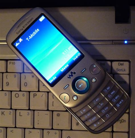 Sony Ericsson Zylo Hands-on Review • GadgetyNews