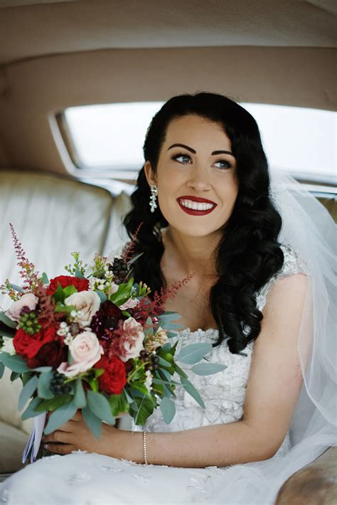 perfect red lipsticks  brides