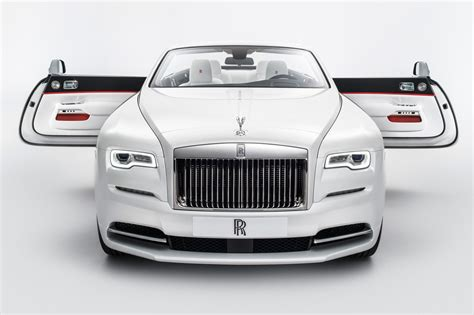 Rolls-royce 'inspired By Fashion' Unveiled