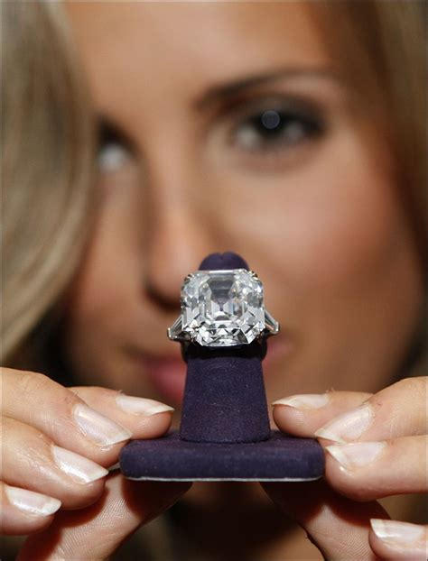 10 most famous jewels of all time stylecracker