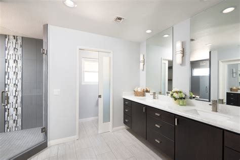 Bathroom Color Trends & Design Ideas