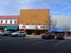 lamplight theatre 140 broad street kingsport tn 37660 With the lamp light theater