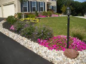 driveway landscaping ideas pictures driveway edging on pinterest gravel driveway driveway landscaping and pea gravel