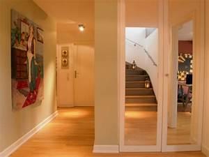 Wohnung Mit Treppe : gewagte einrichtung f r penthouse wohnung in der exquisiten stadt k ln ~ Bigdaddyawards.com Haus und Dekorationen