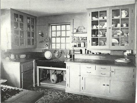 25  best ideas about 1920s Kitchen on Pinterest   Hoosier