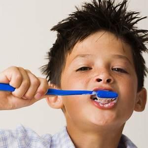 Dents Qui Se Déchaussent Photos : l 39 oms rappelle les bases de la sant bucco dentaire formation m dicale distance avec cadis ~ Medecine-chirurgie-esthetiques.com Avis de Voitures